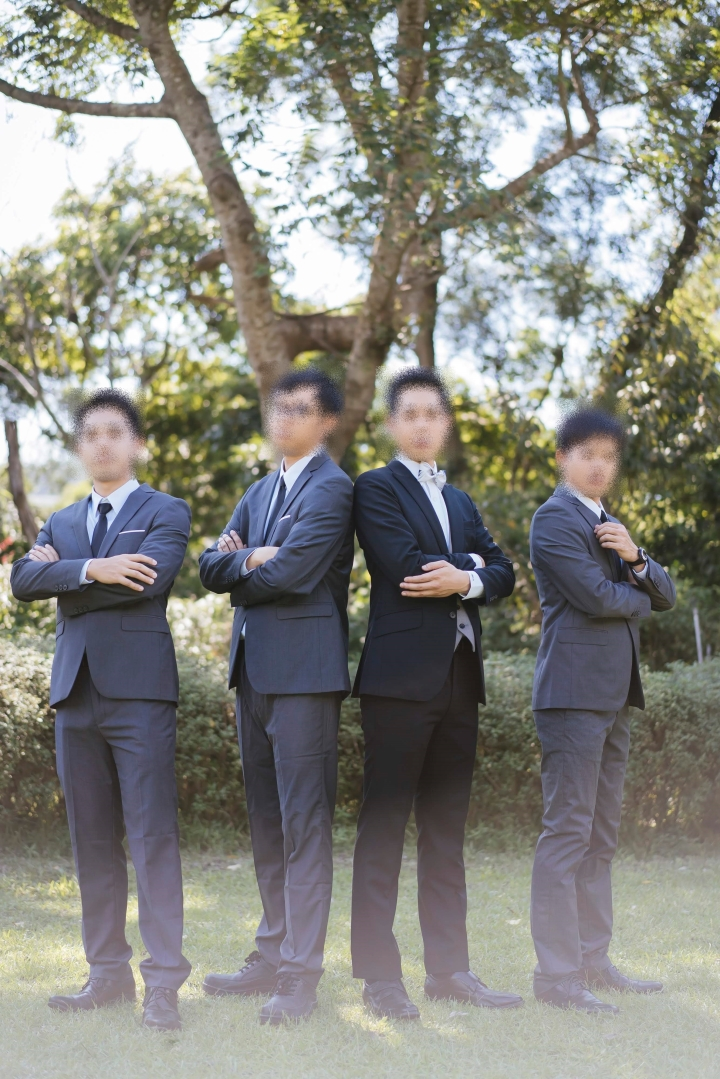 141-blurred.jpg